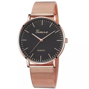 NEW Rose Gold Lux Quartz Watch